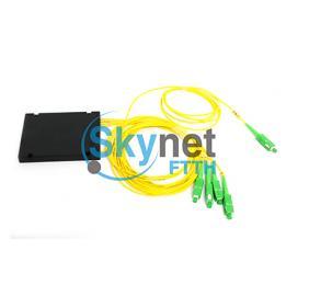 SK Single Mode Fiber Splitter 1 X 4 PLC Fibre Optic Splitter With G652D G657A1 G657A2 Fiber Optic Cable