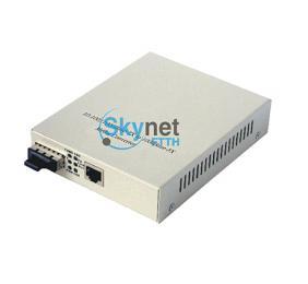 SK 100M Fiber Optic Media Converter For SC LC Port , Fast Ethernet Media Converter